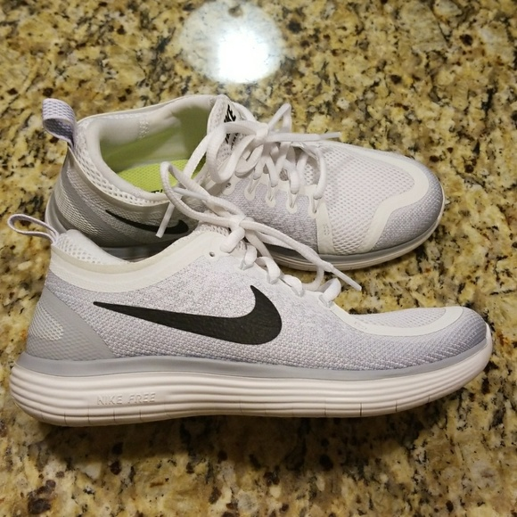 new style d8029 69c86 WOMENS NIKE FREE RN DISTANCE 2 #863776-100
