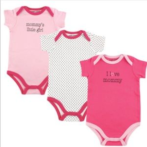 "Other - 🌸 ""Mommy"" Three Piece Bodysuits🌸"