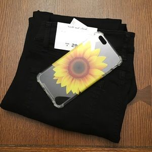 Accessories - NEW iPhone 6+ SUNFLOWER Case
