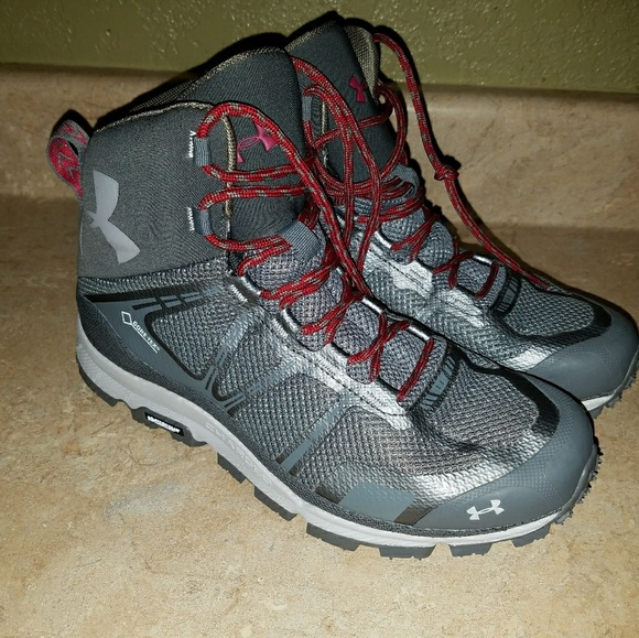 info for d3133 7585a Under Armour Gore Tex Michelin Boots Size 9