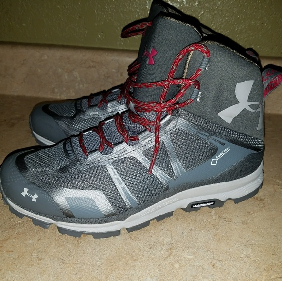 sale retailer 51b20 5b960 Under Armour Gore Tex Michelin Boots Womens Sz 11
