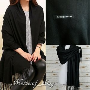 Accessories - ♠ GORGEOUS BLACK FALL/WINTER SCARF