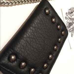 🖤 Cute little black wristlet, studded details 🖤