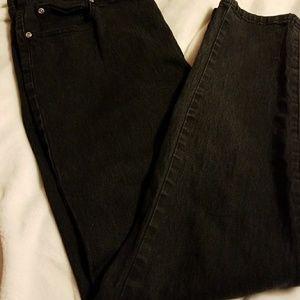 DG2 Black straight leg jeans NWOT