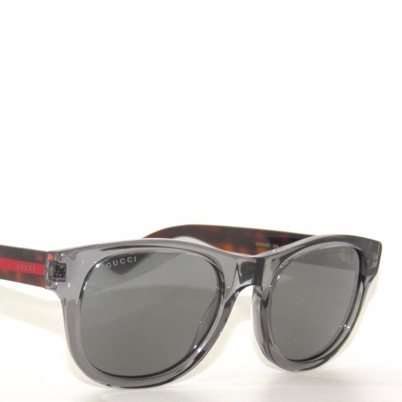 1355b6b32c9 NWT Authentic Gucci Sunglasses 52MM Wayfarer