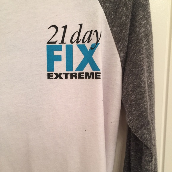 Beachbody 21 Day Fix Extreme Long Sleeve Shirt Top