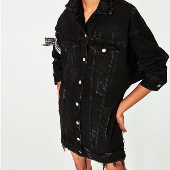 d9465b38 Zara long black Denim Distressed Jacket