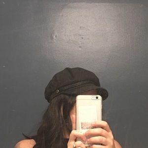 Britton fiddler cap used black medium