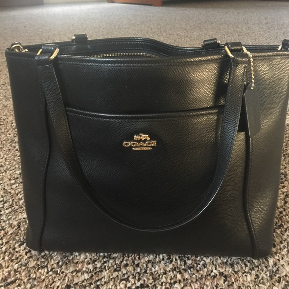 coach bags black purse with side pockets poshmark rh poshmark com