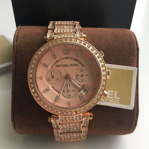 72111ba39610 New Rose Gold Michael Kors Ladies Watch MK5663. Listing Price   175