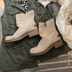 Shoes - Tan suede like ankle boots