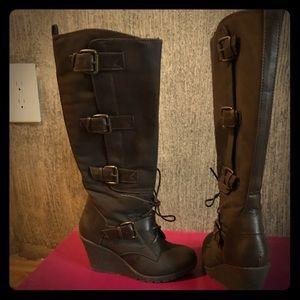 Rampage ❄️Dark brown wedge boots ❄️