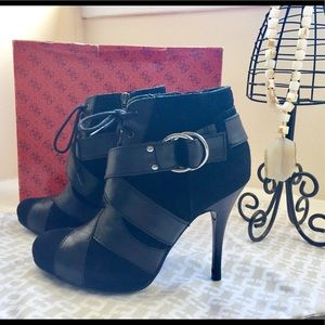 Guess Black Leather High Heel Bootie Sz. 6