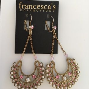 Francesca's Collections Dangle Earring.
