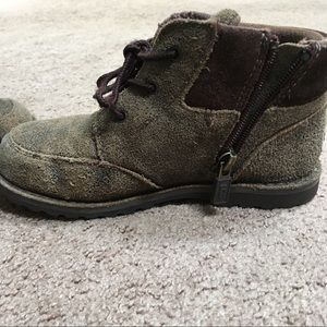 UGG Shoes - UGG boys boots