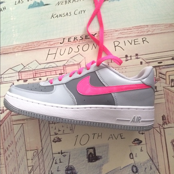 low cost ae355 2ecbd Nike AF1 Air Force 1 women's shoes gray pink NWT