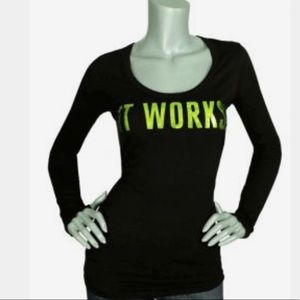 Tops - It works long sleeve t-shirt, shiny lettering