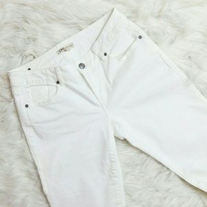 CAbi White Stretch Jeans - Style #218r