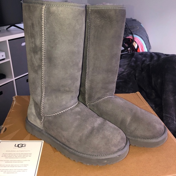 Classic Tall Grey Ugg Boots Size 7