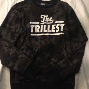 NWOT h&m sweatshirt