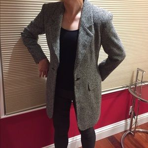 Max Mara black/white color wool jacket blazer