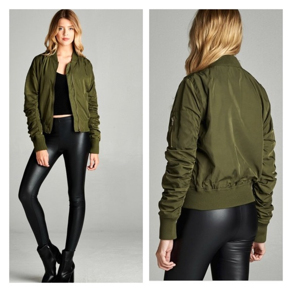 ddaae161f2 Olive green bomber jacket with shirring sleeves Boutique