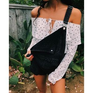 Tops - 🆕 White Black Star Print Off Shoulder Crop Top