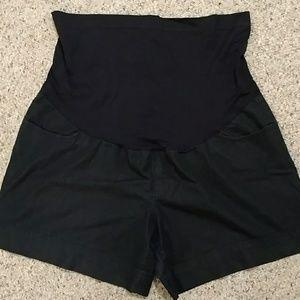 🍼 Maternity shorts light denim sz XL 🍼