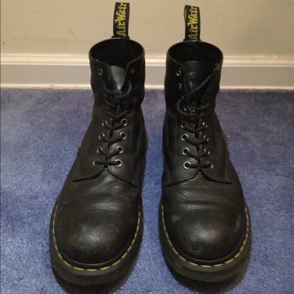 3cea9649b0a3d Dr. Martens Shoes | Used Mens Dr Martens 1460 8eye Nappa Boot | Poshmark