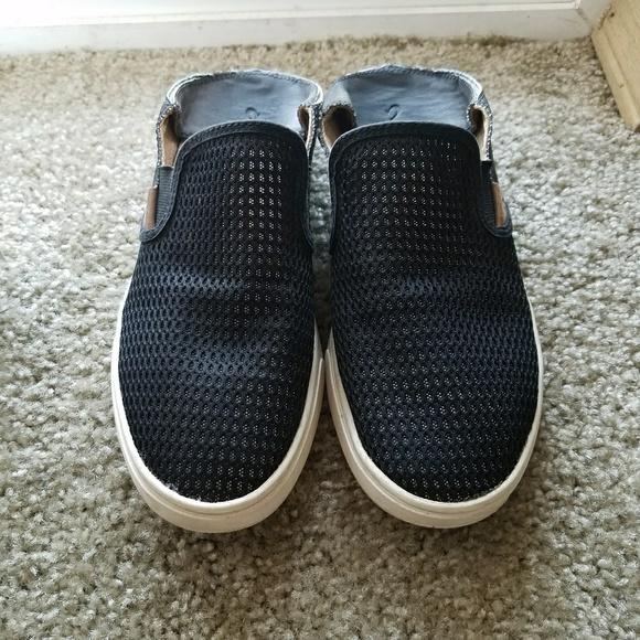 ec6795e86dfe OluKai Pehuea Black Slip On Shoes Womens size 7.5.  M 59f500654127d0357a02c329