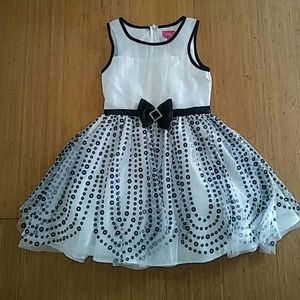 Black and white fancy dress