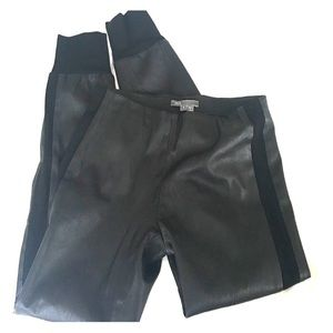 FLASH SALE 🔥 Vince 100% Leather Legging Pants