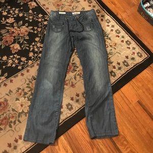 Bell bottom light weight jeans