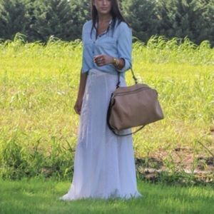 Handbags - 🆕Zara Tan Hangbag