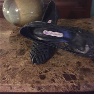 """Shoes 3"""" heels"""