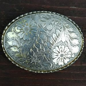 Accessories - Floral Belt Buckle