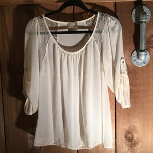 Sweet feminine Alythea Top