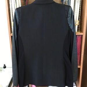BCBGMaxAzria Jackets & Coats - BCBG MAX AZRIA blazer