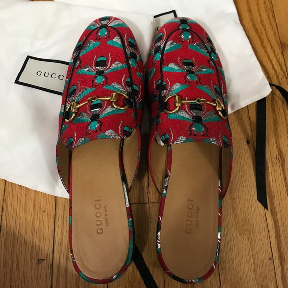 Gucci Shoes - 100% Authentic GUCCI bee print mules