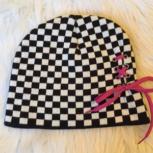Accessories - New beanie and pair of socks