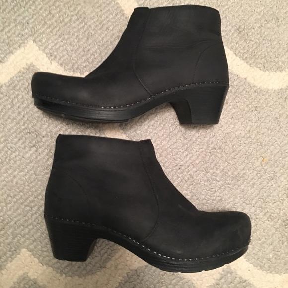 Dansko Shoes | Rare Dansko Maria Bootie