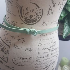 Accessories - Mint Green Thin Belt NWOT