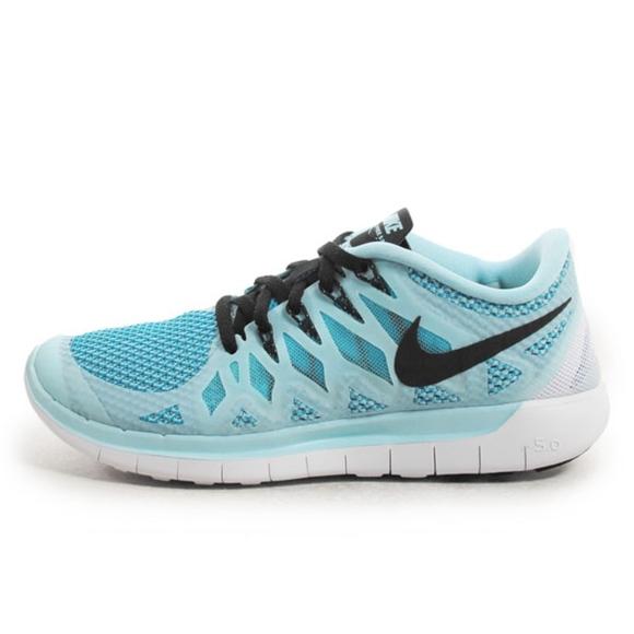 cecd1922332e Nike Shoes - Women s Nike Free Run+ 5.0 Running Shoe - 8