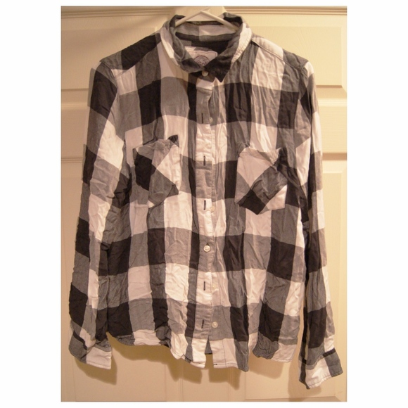 83d3d76d7 Authentic American Heritage Tops - S.O. KOHL'S Black White Plaid Juniors  Button Down