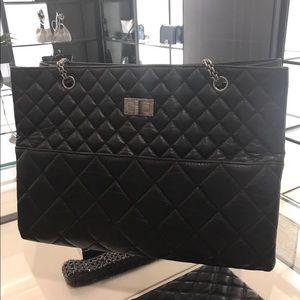 Chanel 2.55 tote bag