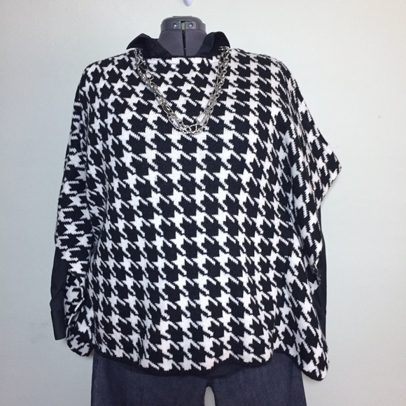 Lisa International Sweaters - Black & White Herringbone Poncho Sweater Size 1X