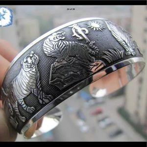 Jewelry - ⚡️SALE⚡️Fashion Silver Cuff Bracelet Bangle