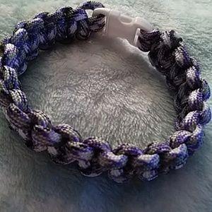 Purple & White Paracord Bracelet