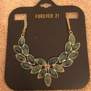 NWT Forever 21 faux jade green gold necklace