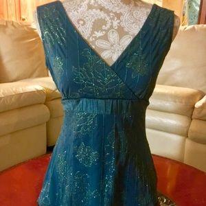 Green sparkle sequin top with velvet tie, size m